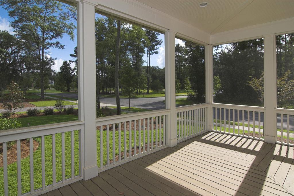 Custom Decks & Screened Porches Northern Virginia